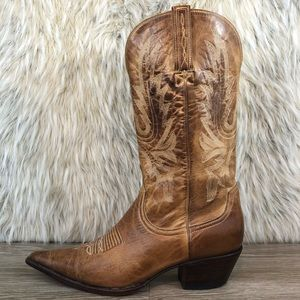 Charlie Horse by lucchese tan cowboy boots western